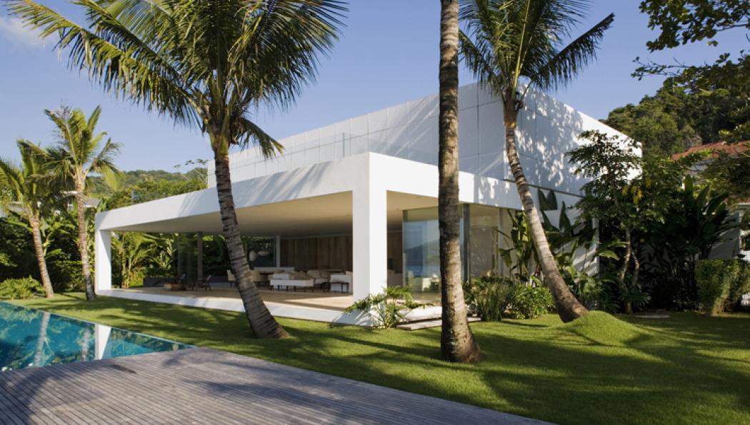 Maison de vacances l architecture contemporaine au for Architecte bresilien