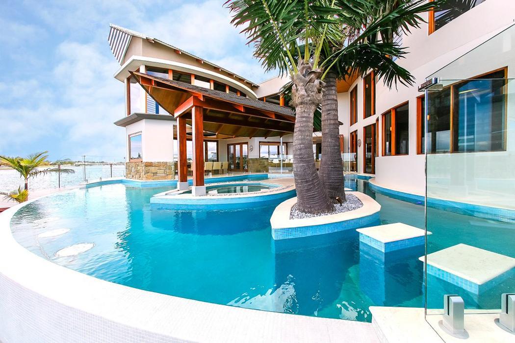 Luxueuse et originale maison de vacances sur la c te - Maison secondaire cotiere avec vue katch ...