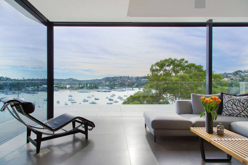 moderne maison avec vue splendide au c ur de sydney. Black Bedroom Furniture Sets. Home Design Ideas