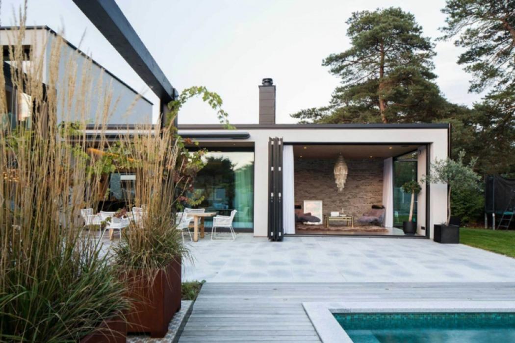 Belle maison familiale dans le sud de la su de vivons maison for Belle architecture moderne