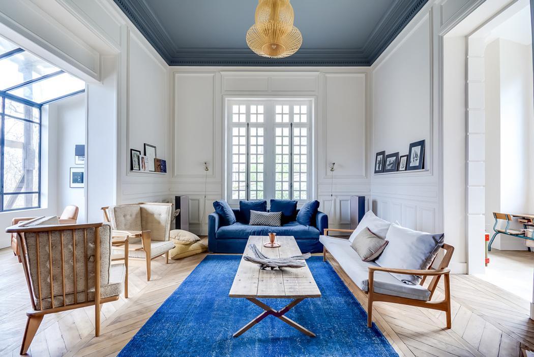 H tel particulier situ dans la r gion parisienne totalement r nov vivons - Plafond peint en couleur ...