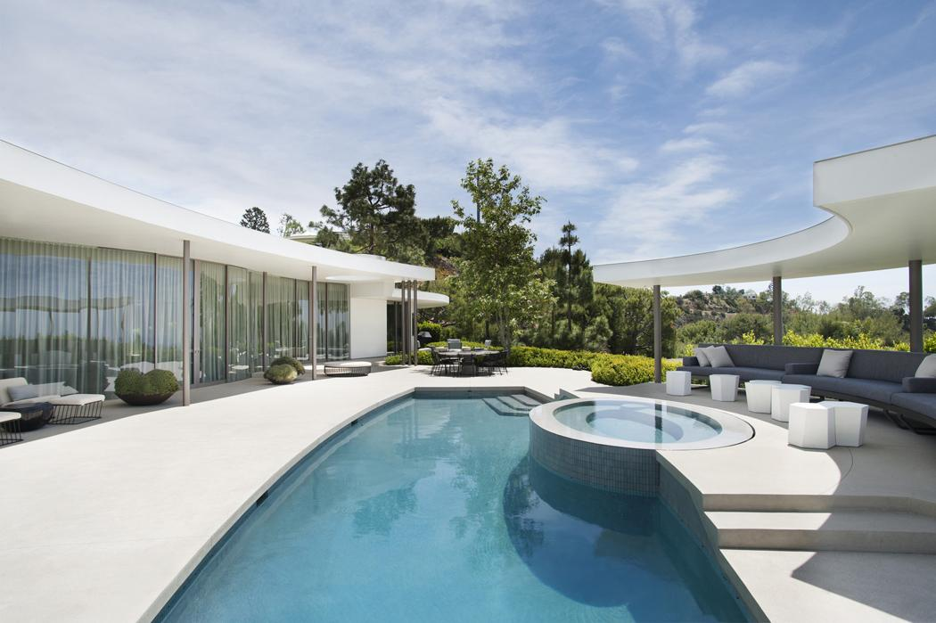 Superbe maison d architecte totalement r nov e beverly for Architecture 60s