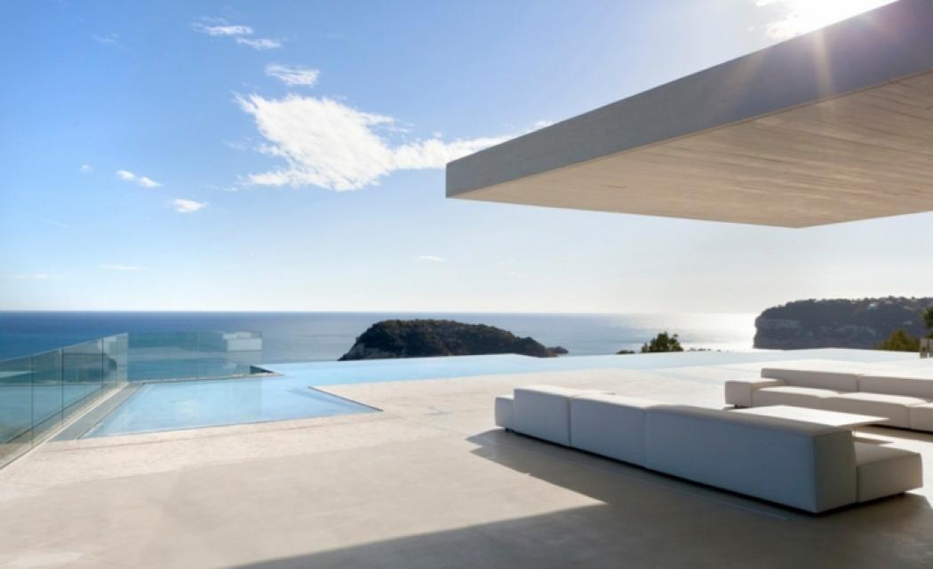 Magnifique villa de luxe minorque espagne vivons maison for Case con verande tutt attorno