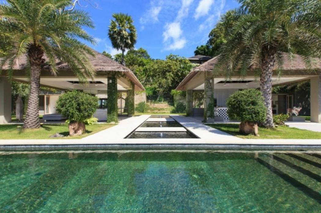 extérieur villa de luxe à louer