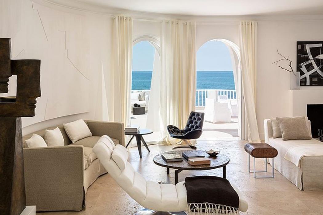 Villa de vacances au bord de la mer sabaudia italie - Maison de vacances christopher design ...