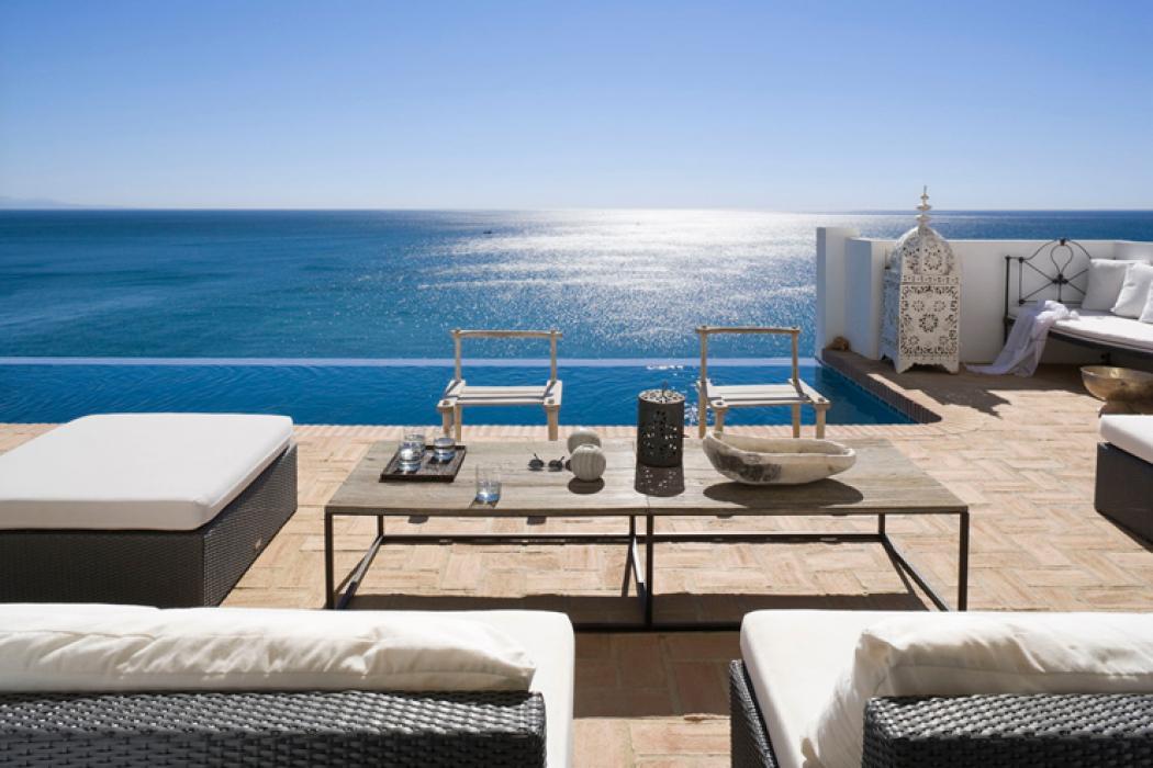 terrasse au design unique avec vue panoramique