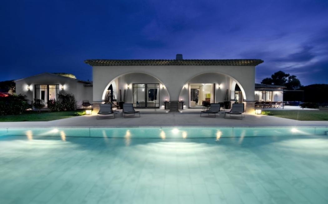vue de nuit villa de luxe côte d'Azur