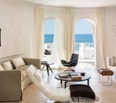 pièce principale de vie de la villa de luxe