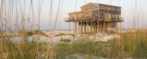 maison en kit maison en bois assemblée sur la plage