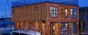 maison originale maison sur l'eau maison bateau