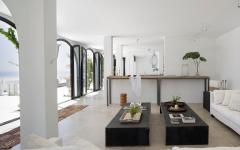 meubles en noir et blanc villa côtière