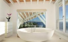 salle de bains vue sur mer villa