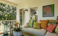 Petite maison au grand balcon sympa