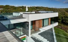 belle demeure contemporaine neuve de prestige