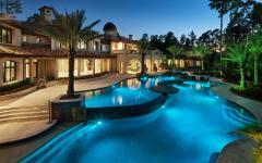 maison toscane piscine extérieure de luxe mosaïque