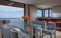salle à manger vue panoramique sur la côte