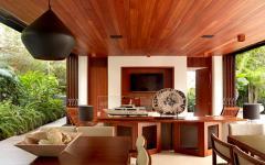 intérieur et extérieur en bois exotique
