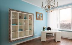 bureau en bleu ciel bel appartement citadin