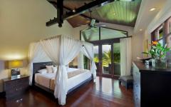 maison style colonial chambre à coucher teck