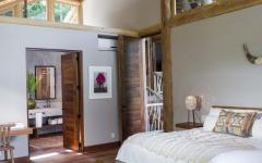chambre sous toit maison exotique en bois