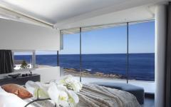 belle maison chambre principale avec vue panoramique