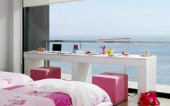 chambre design déco rose vue sur mer