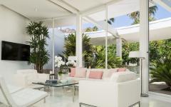 salon en blanc résidence élégante de luxe