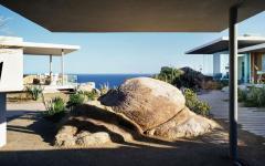 cour intérieur belle maison secondaire sur la mer