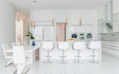 intérieur spacieux villa de luxe cuisine