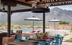 pergola bois salle à manger maison exotique désert