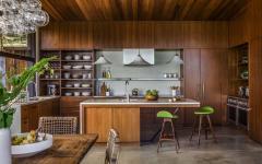 exemple cuisine ouverte en bois placards en bois authentique massif