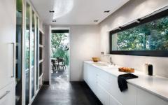 cuisine en blanc séparée du séjour