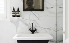 salle de bains marbre blanc maison moderne citadine