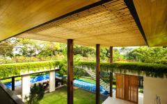 entrée maison familiale exotique singapour guz architects