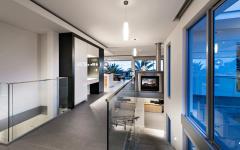 L'accès à l'étage par escalier design luxe