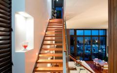 intérieur escalier design bois