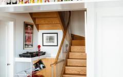 Escalier intérieur maison moderne en Californie