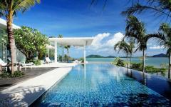 piscine extérieure belle villa de luxe