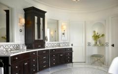 grande et luxueuse salle de bains
