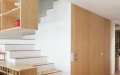 escalier intérieur en bois résidence moderne