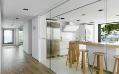 intérieur cuisine design luxe belle demeure sur la côte