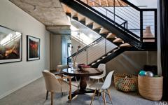 accès escalier chambres à coucher