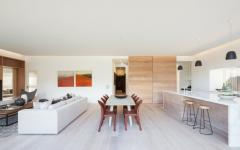 spacieuse pièce cuisine salle à manger