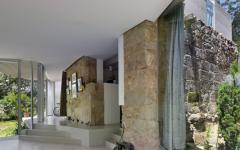 maison à rénover intérieur unique pierre anciennes