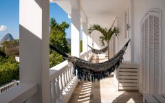 terrasse balcon chambre avec hamac