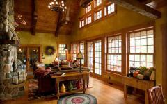 séjour en bois avec toit hauteur