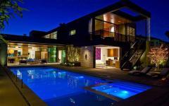 piscine de nuit maison avec piscine moderne