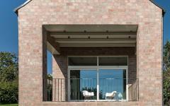 maison design d'architecte toute en briques