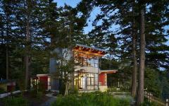 superbe maison de vacances en bois au bord d'un lac