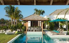 piscine de luxe exotique